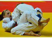 この画像は、サイトの記事「柔道 寝技 袖車絞め ネットで話題 YouTube注目無料視聴動画ご紹介!」のイメージ写真画像として利用しています。